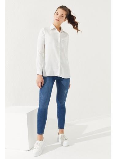 Reyon REYON Kadın Çizgili Gömlek Beyaz/Mavi Beyaz